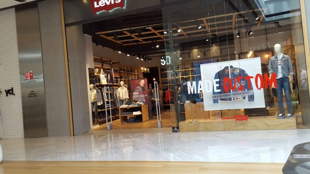 Levis Shopfront Miranda November 2016